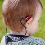 Oticon Safeline İşitme Cihazı Koruyucu İpi Bebek Model Üzerinde Görünümü